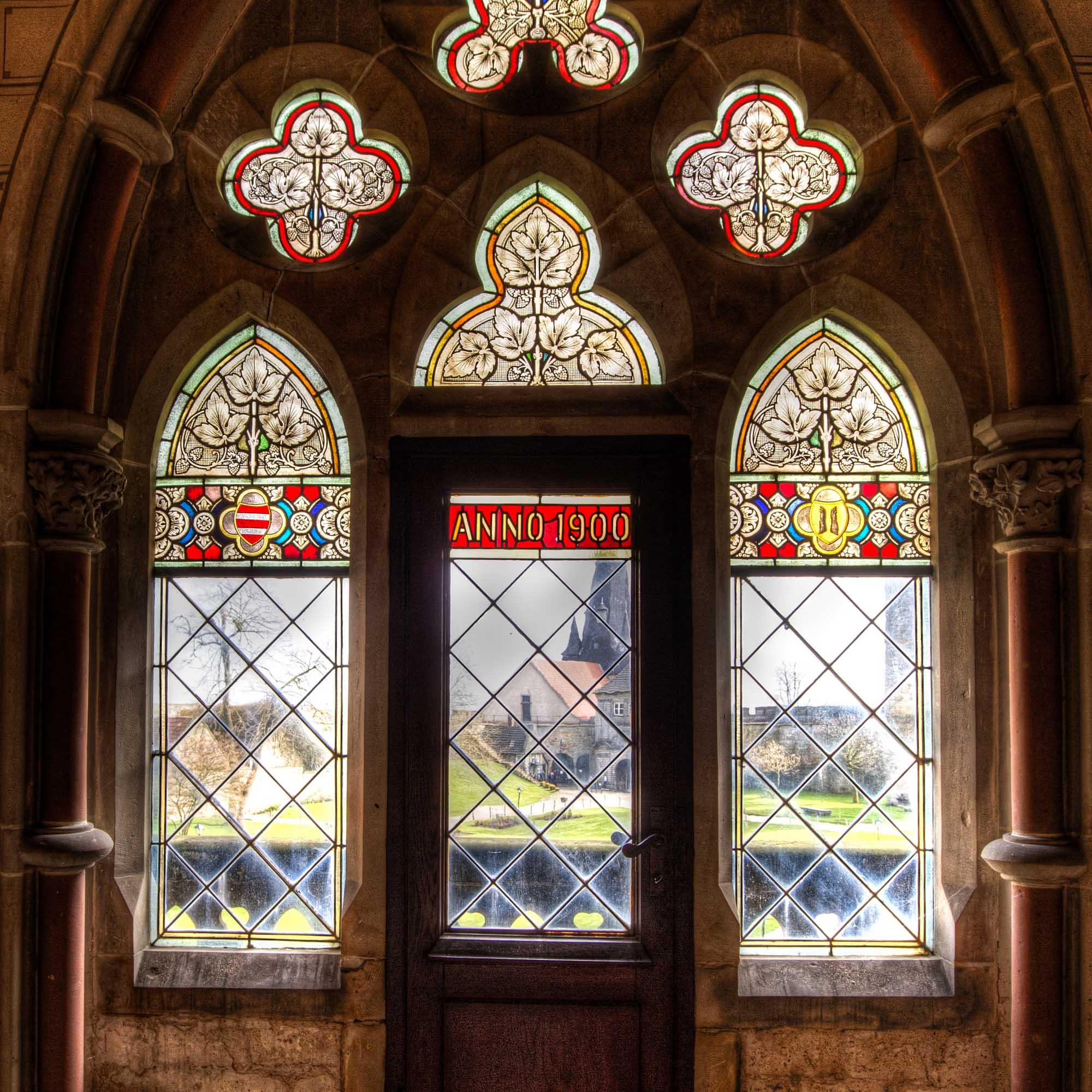 Kijkje op het binnenhof van de Burcht Bentheim