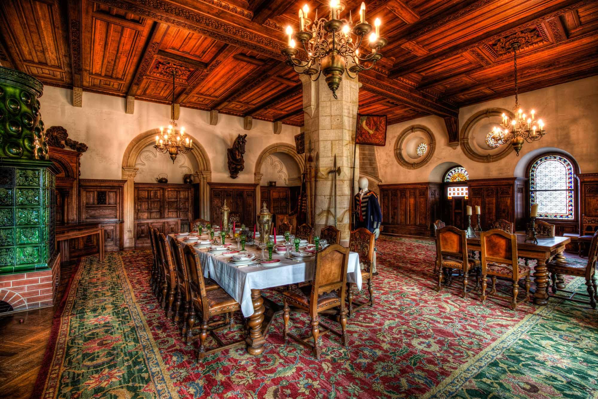 De Ridderzaal in de Kronenburg